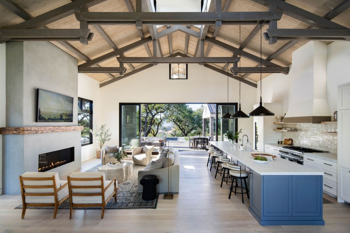 A modern rustic Sonoma farmhouse that's a lesson in laid back California style