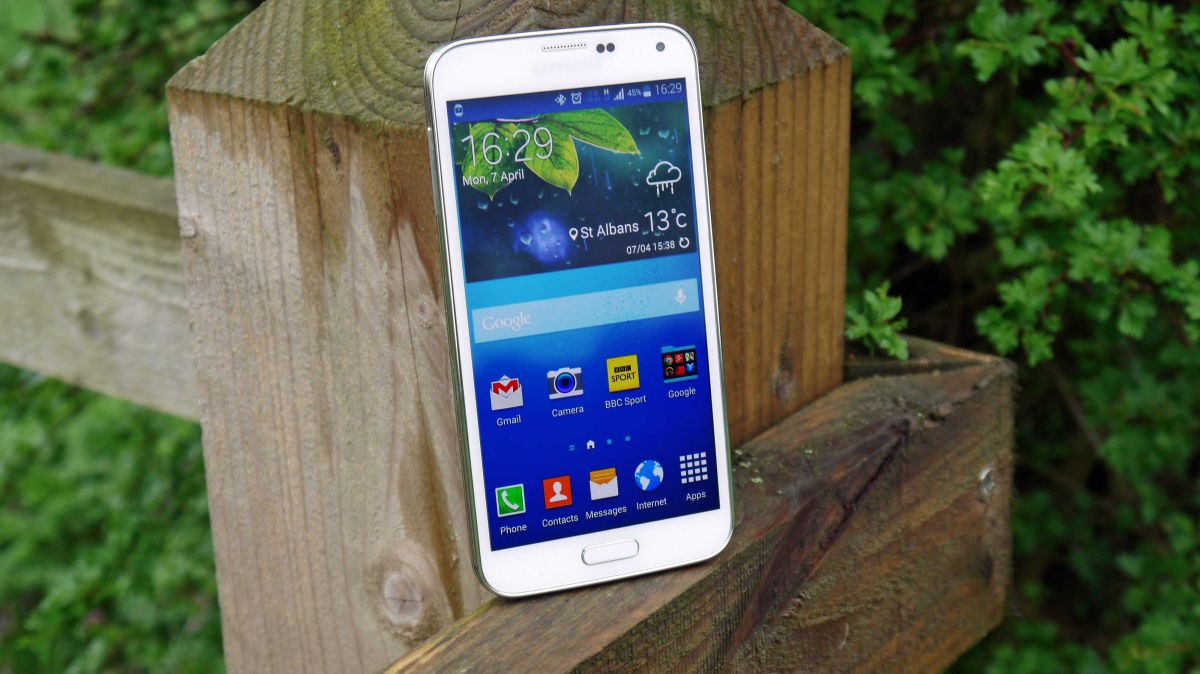 where are downloads on samsung s5 neo