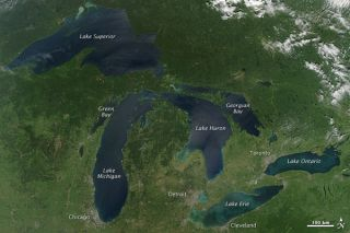 great-lakes-nasa-labeled-100916-02