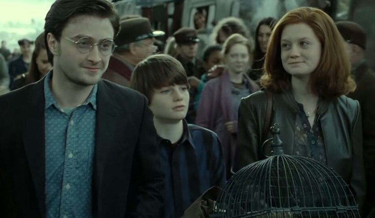 Daniel Radcliffe and Bonnie Wright in Harry Potter and the Deathly Hallows Part 2