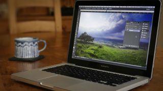 Macbook running Photoshop
