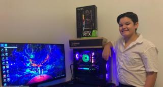 Ricardo Santana Jr. and his newly acquired RTX 3090 inside his gaming rig.