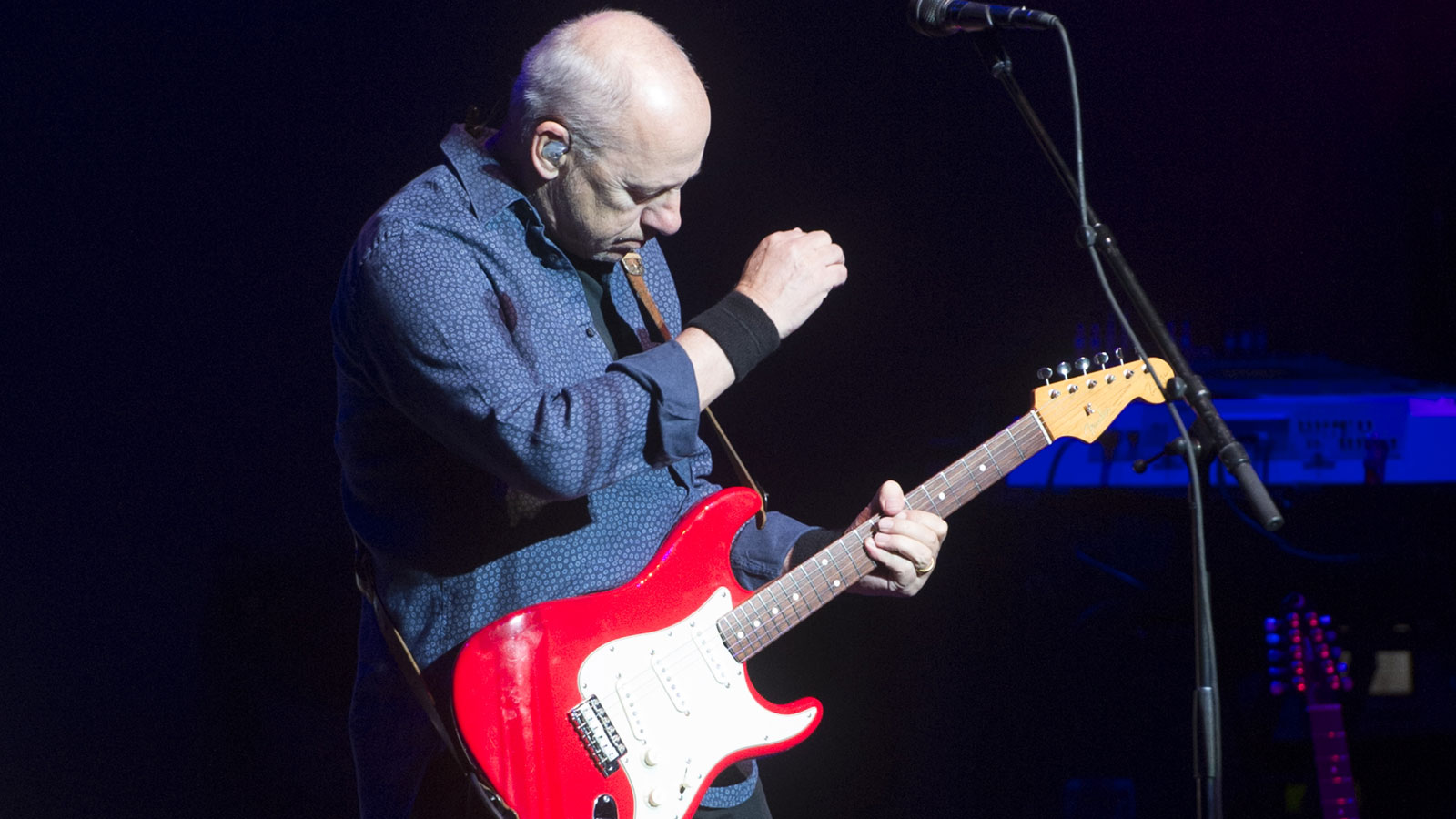 How to play guitar like... Mark Knopfler