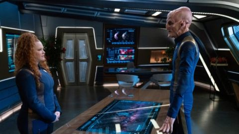Ensign Tilly (Mary Wiseman) and Captain Saru (Doug Jones) in 'Star Trek: Discovery'.