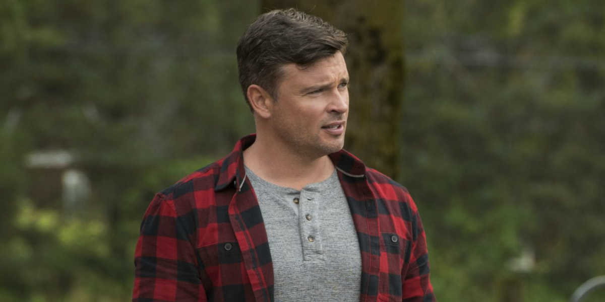 What The Arrow-verse's Crisis On Infinite Earths Twist Means For Smallville's Clark Kent - CINEMABLEND