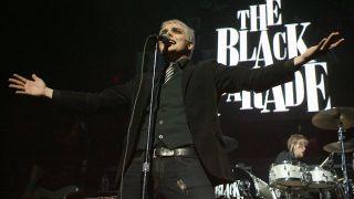 Gerard Way plays live in 2006