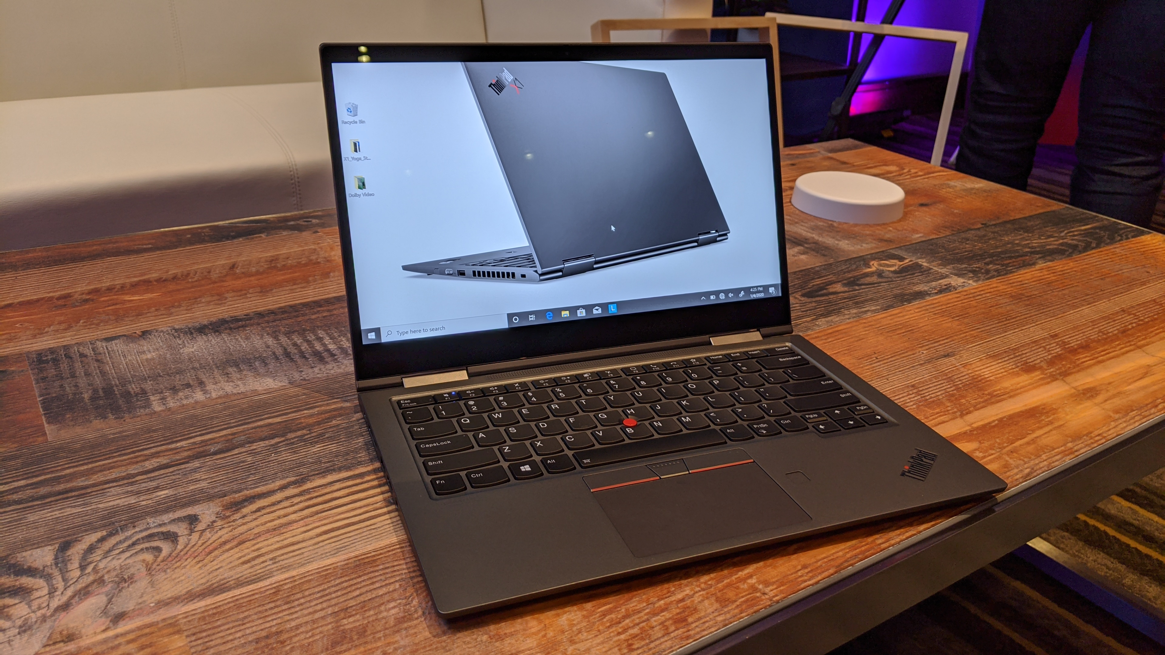 Lenovo Thinkpad X1 Yoga Gen 5 Hands On Review Laptop Mag