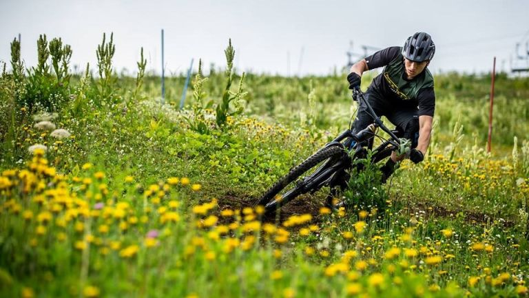 Best mountain bikes 2020: the Canyon Spectral CF 7.0 in action