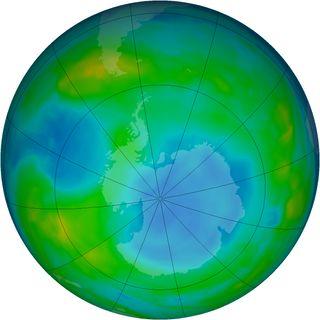 Ozone hole May 2014