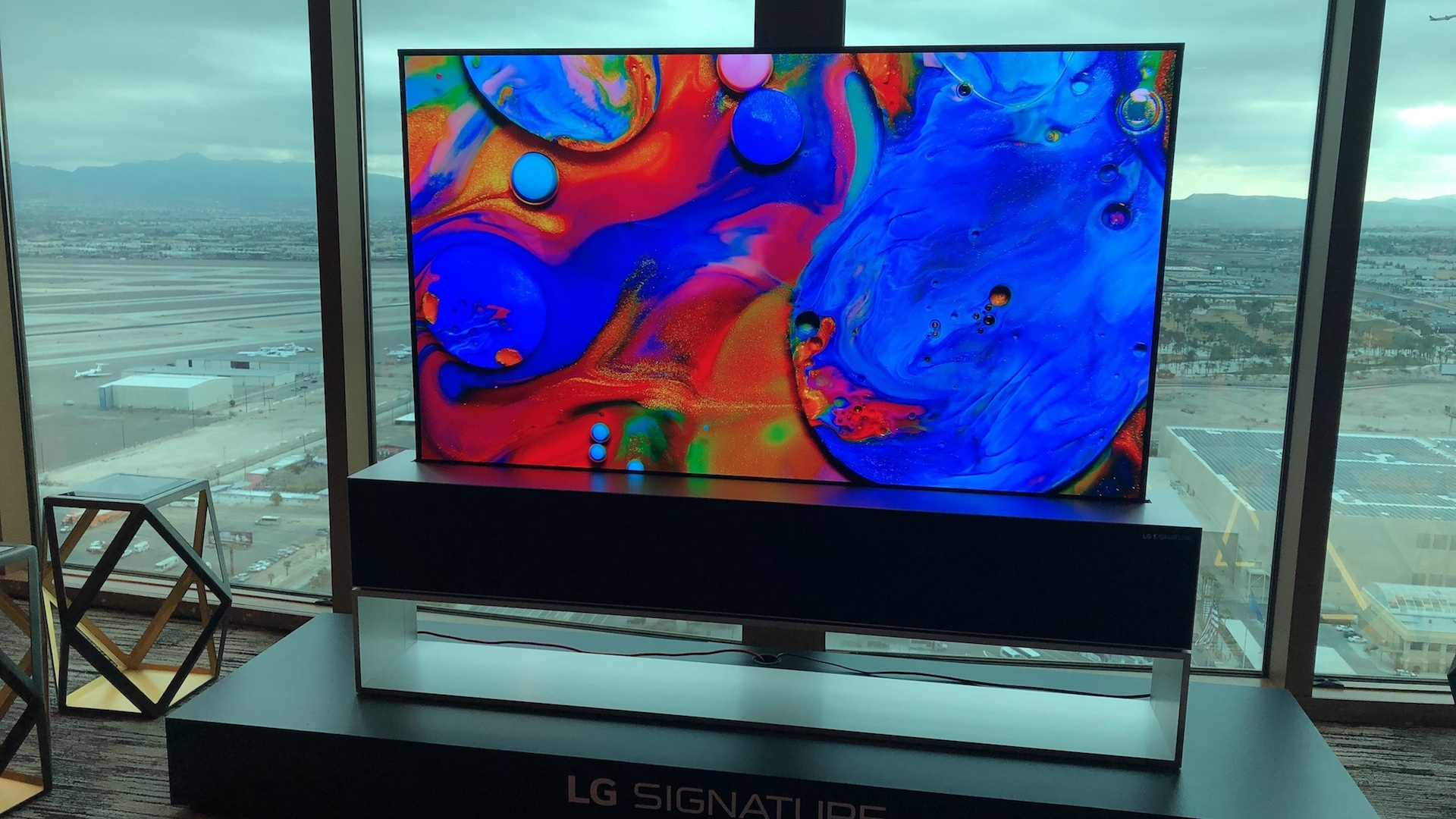 Hands on: LG OLED65R9 rollable OLED TV (2019) hands-on