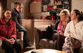 Coronation Street spoilers: Steve and Tracy drop a bombshell on Amy Barlow