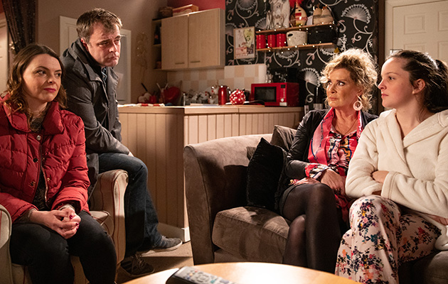 Coronation Street spoilers: Steve and Tracy drop a bombshell on Amy Barlow