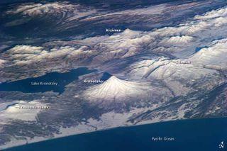 kamchatka-volcanoes-nasa-101207-02