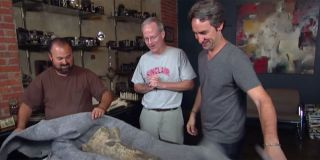 The pickers find a dinosaur bone.