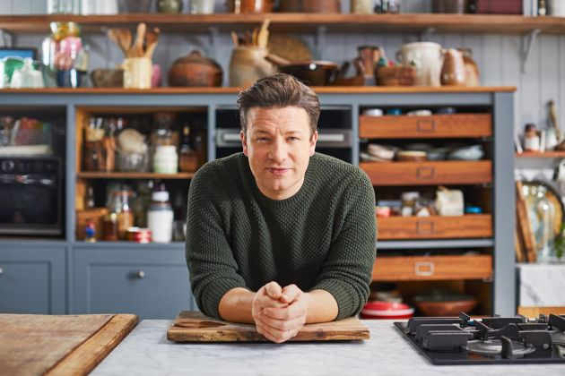 TV tonight Jamie: Keep Cooking Family Favourites