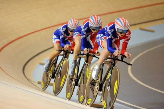 Women's team pursuit Wendy Houvenaghel, Lizzie Armitstead Jo Rowsell Team GB 2010 track world champs Copenhagen[2].jpg