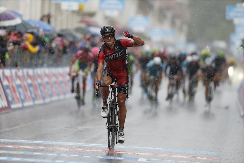 Thumbnail: Philippe Gilbert wins stage 12 of the Giro d'Italia (Sunada).