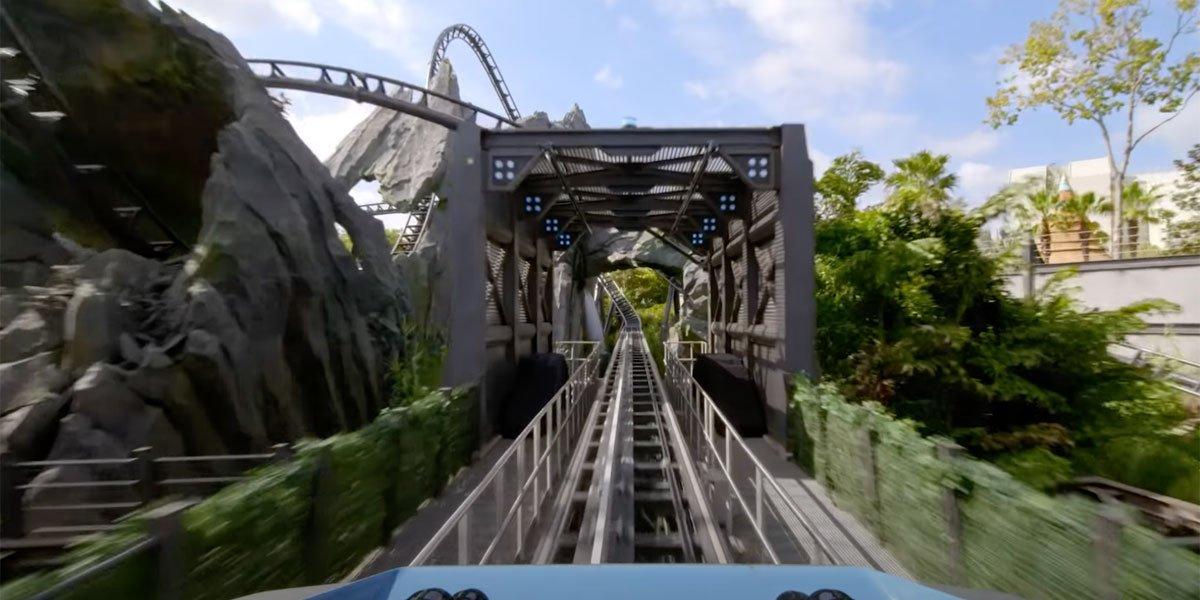 Jurassic World POV VelociCoaster screenshot