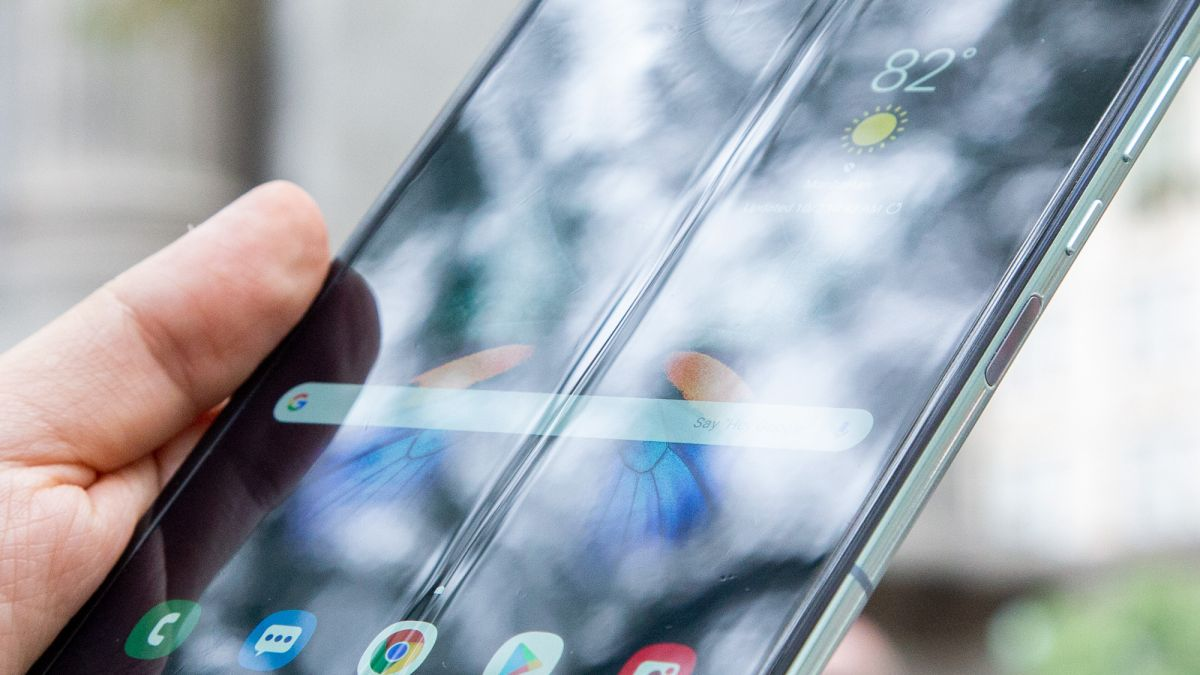 Samsung's Galaxy Fold 2 could arrive as soon as April 2020