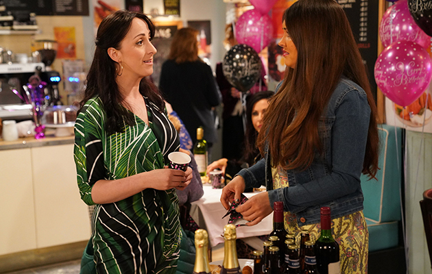 EastEnders Spoilers: Sonia Fowler fights Stacey for Martin!