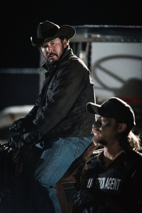 Yellowstone Rip Wheeler Cole Hauser Kayce Dutton Luke Grimes Paramount Network