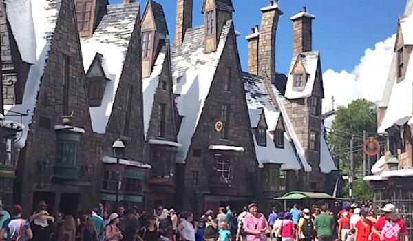 three broomsticks restaurant wizarding world of harry potter universal studios screenshot