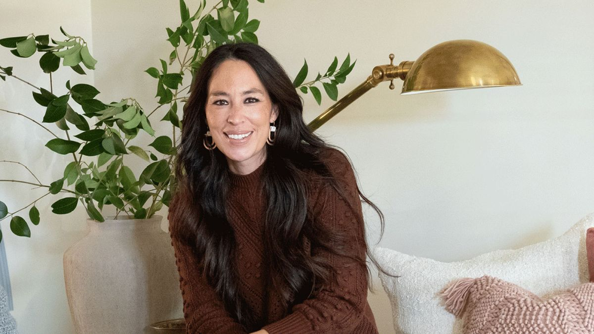 Joanna Gaines' storage hack is a simple way to curate your favorite books on a budget