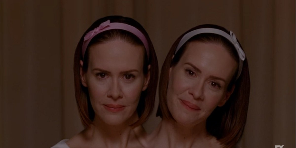 Sarah Paulson as Bette and Dot in American Horror Story Freak Show