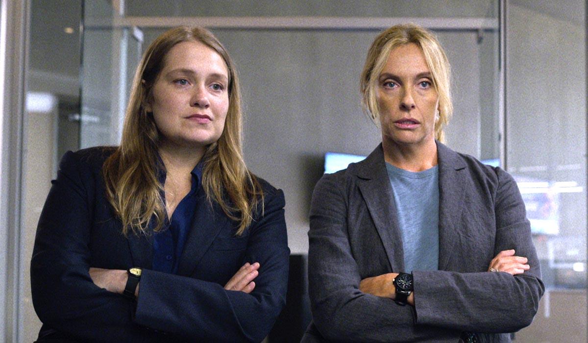 Unbelievable miniseries Merritt Wever and Toni Collette