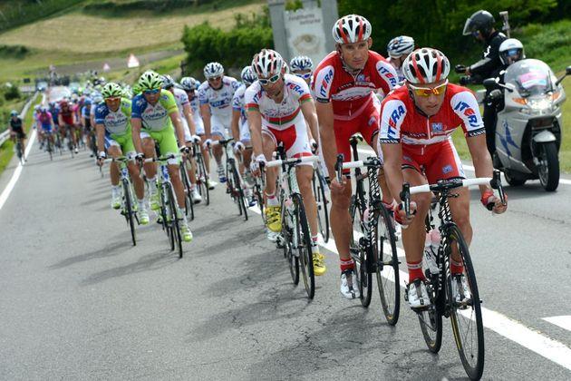 Katusha chase, Giro d'Italia 2012, stage 16
