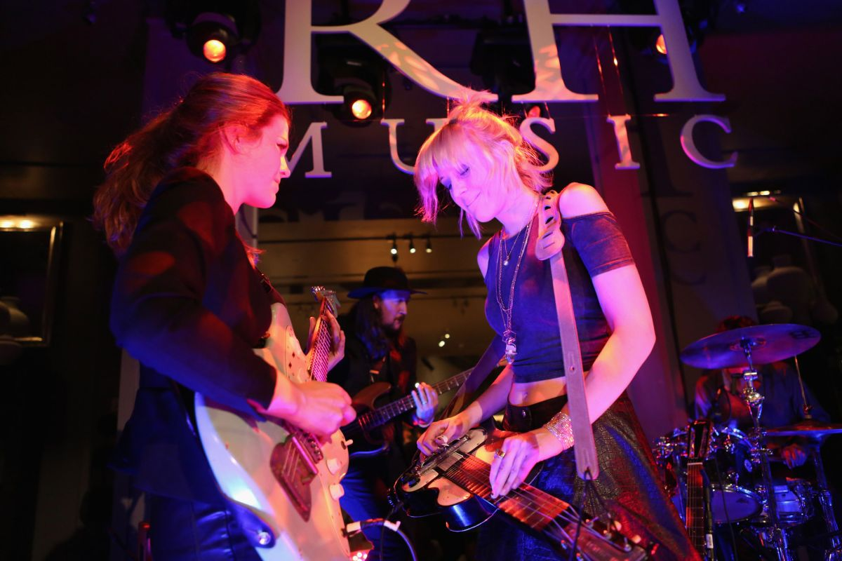 Larkin Poe Are Preachin' the Blues and Convertin' the Masses