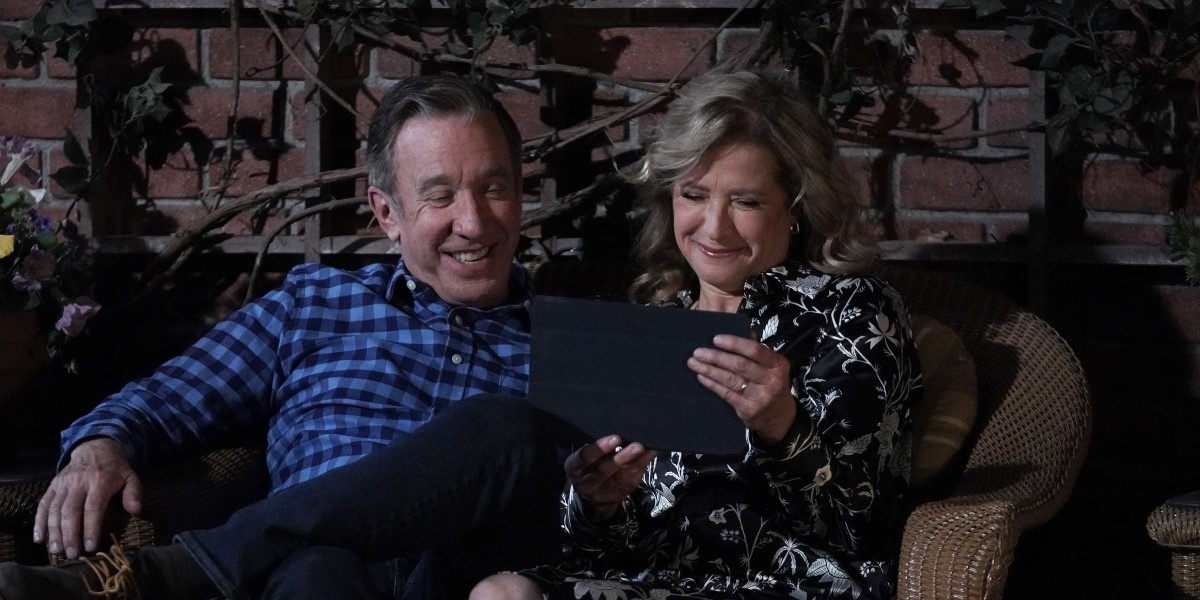 tim allen's mike and nancy travis' vanessa talking to eve on zoom on last man standing finale
