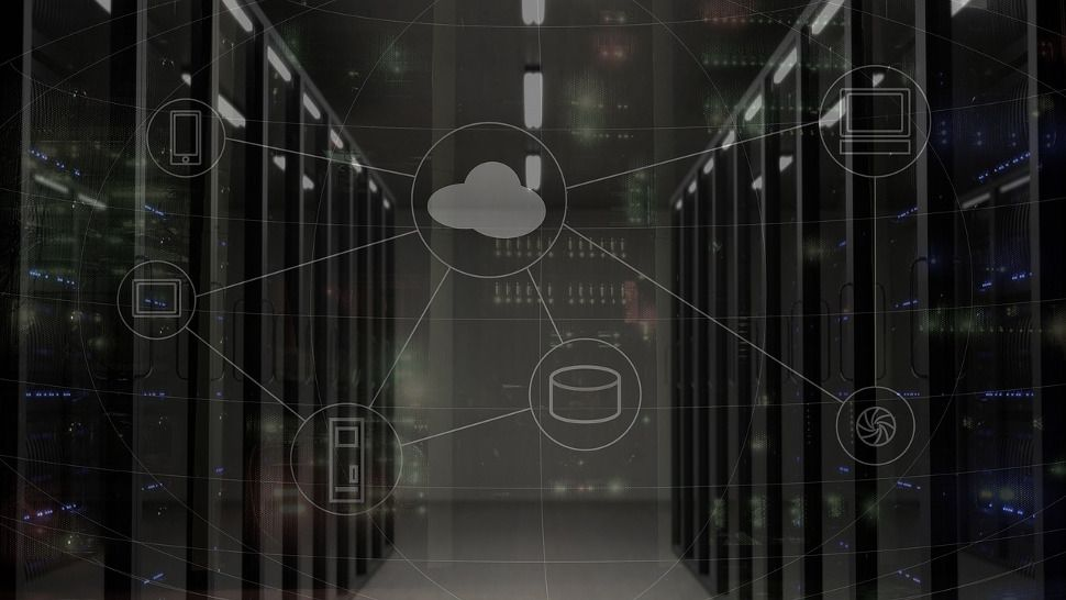 What is hybrid cloud?