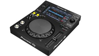 The XDJ-700 is designed to take advantage of the new features in Pioneer's rekordbox software.