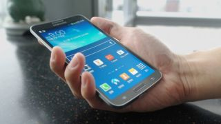 Samsung Galaxy S5 to go flat, not flexible