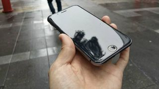 4.7-inch and 5.5-inch iPhone 6 handsets may arrive together