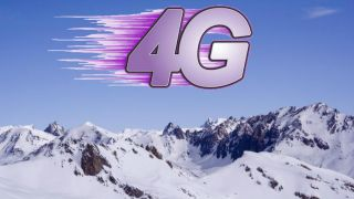 4G climbs to top of Mount Everest
