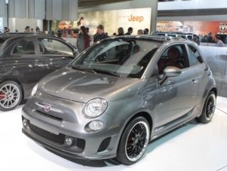 Concept Fiat 500 electric car spotted at 2010 Detroit Motor Show