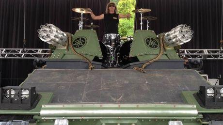In Pictures Sabaton S Two Ton Tank Drum Kit Riser