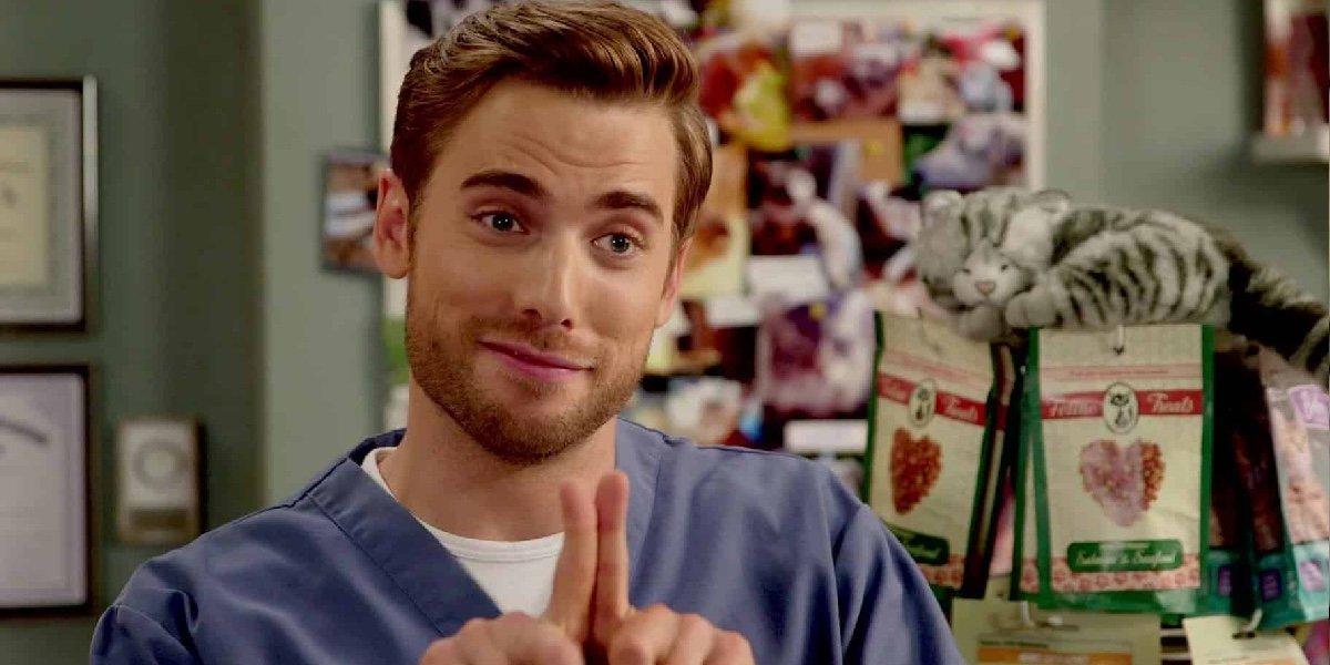 Schitt's Creek Ted Actor Dustin Milligan Details The Extremely Gross Sweating He Did On Set