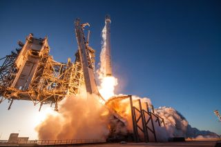 A SpaceX Falcon 9 rocket launches off Pad 39A from NASA's Kennedy Space Center in Cape Canaveral, Florida on May 15, 2017 to orbit the Inmarsat-5 F4 communications satellite.