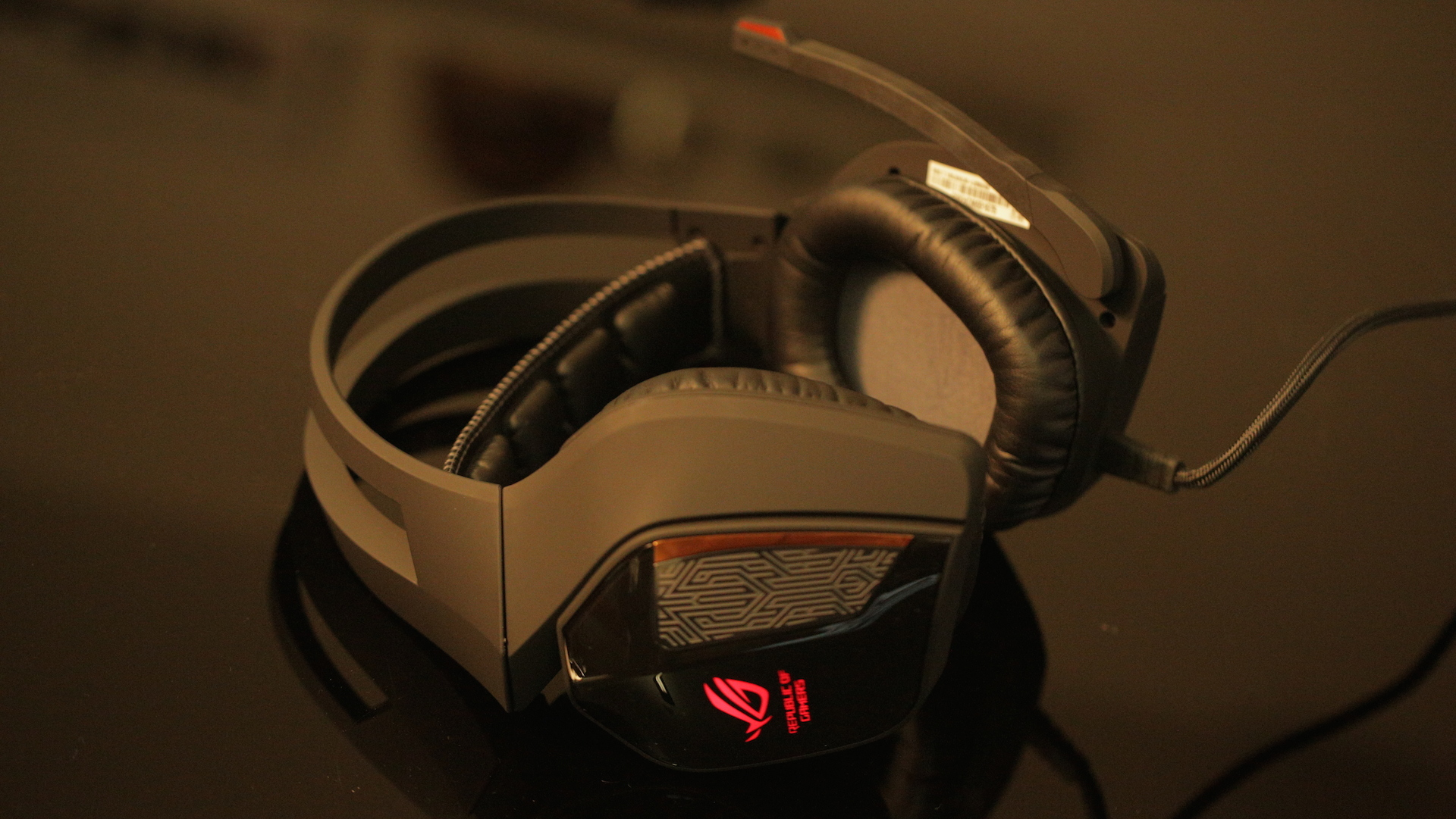 9de3db79e4f Neglecting all the unwritten rules of fashion, the ROG Centurion 7.1 is a  spectacle to behold. Though it's a living hellscape to set up, this gaming  headset ...