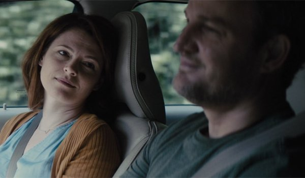 Lewis and Rachel in the car Pet Sematary