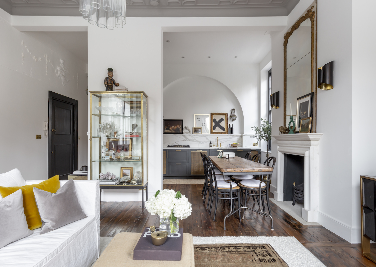 Explore A Grade II-listed Georgian Townhouse on London's Harley Street