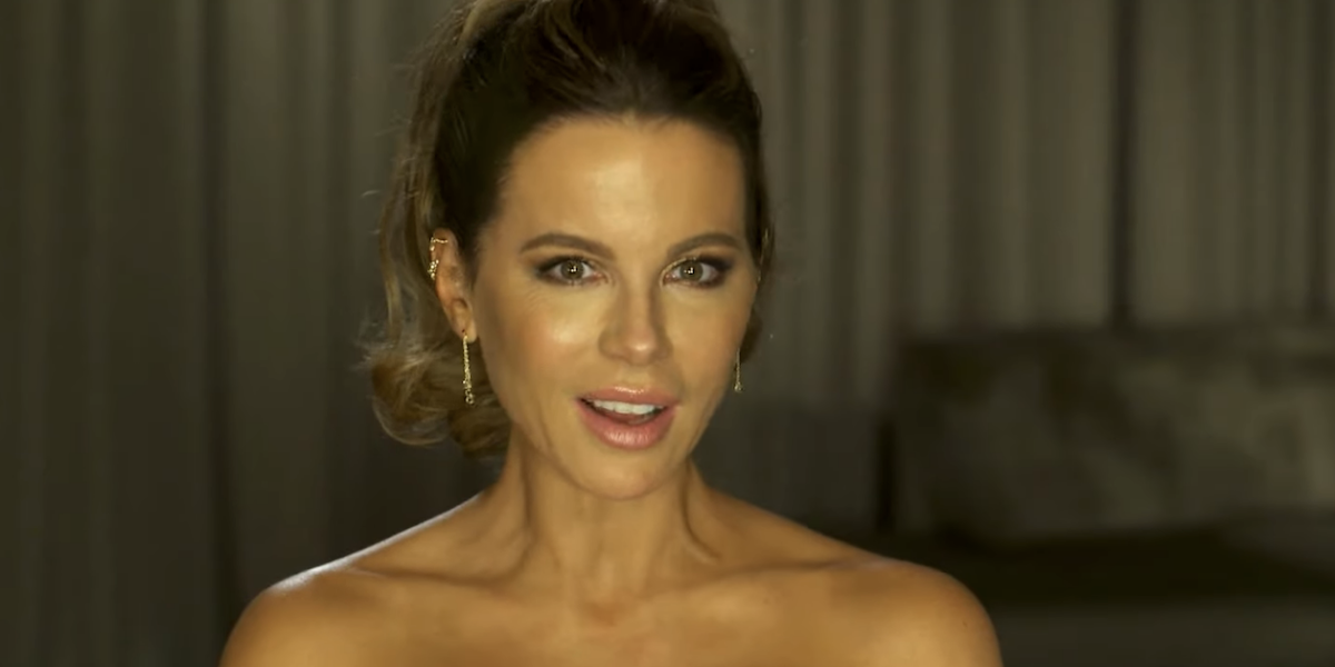 kate beckinsale extra interview july 2021
