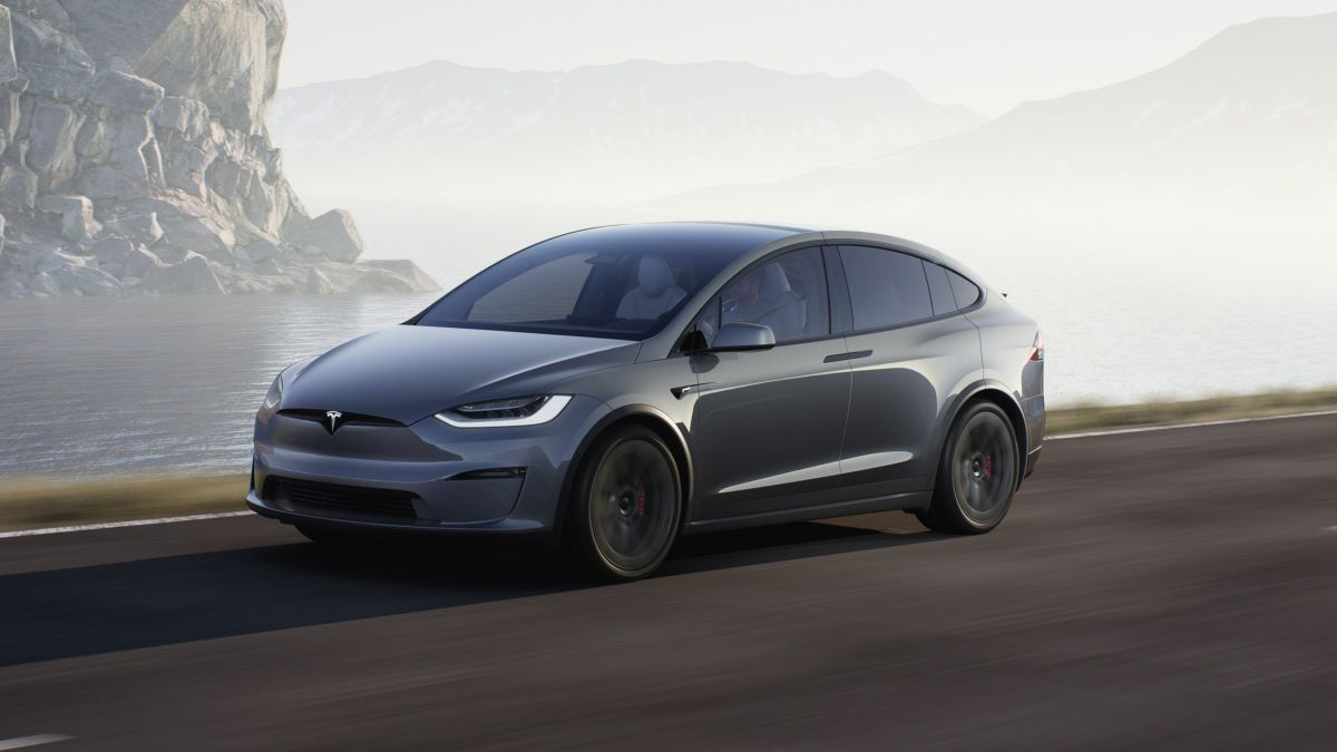 Tesla just lowered the price of the 'Full Self Driving' hardware upgrade