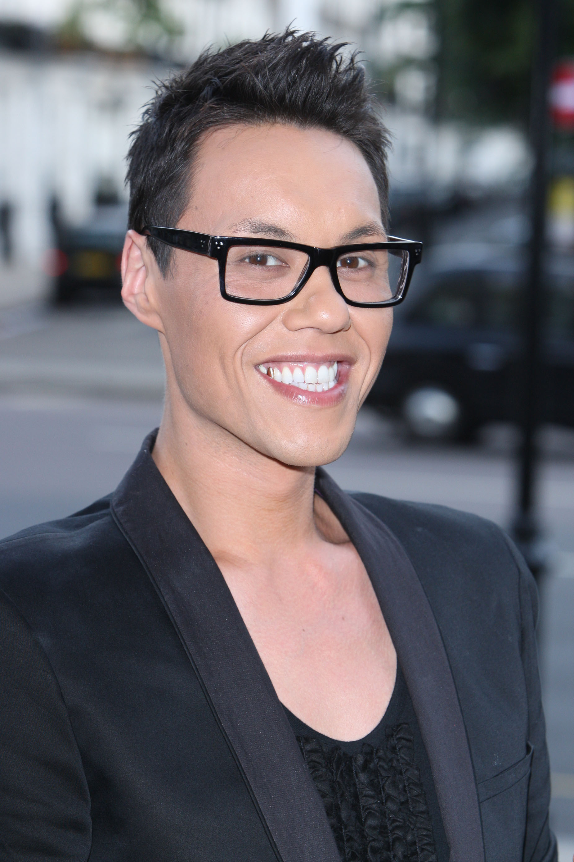 Wheelchair user becomes model with Gok's help