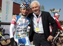 Gianni Savio (left) and Jose Rujano at the start