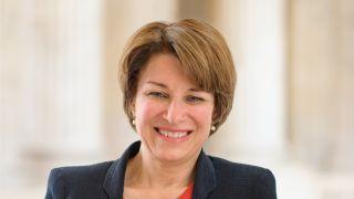 Sen. Amy Klobuchar official portrait