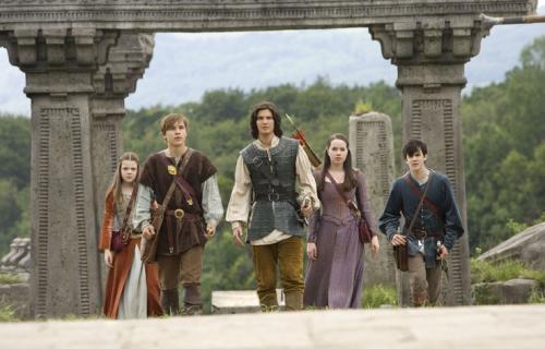 Prince Caspian - Lucy (Georgie Henley), Peter (William Moseley), Caspian (Ben Barnes), Susan (Anna Popplewell) and Edmund (Skandar Keynes)